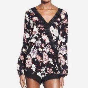 Band of Gypsies Long Sleeve Floral Rayon Romper S